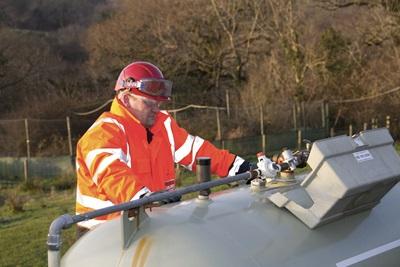 Op de afgesproken datum komen onze aannemers langs om je gastank te installeren.